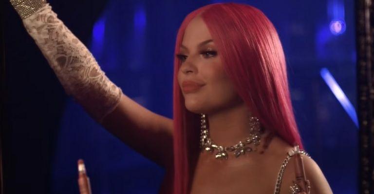 Música também foi a primeira solo a dominar parada brasileira no Spotify