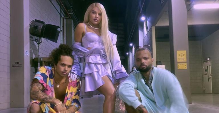 A cantora foi acusada de traição de seu atual namorado, Vitão, com o funkeiro MC Zaac