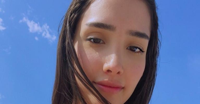 A atriz usou suas redes sociais para anunciar sua saída da série e agradeceu a todos que a acompanharam nesse projeto de sua carreira