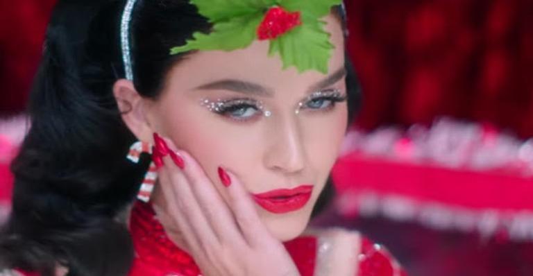 Cantora e outros artistas participarão do programa no dia 30 de novembro