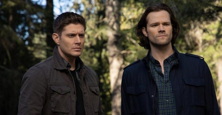 Alerta de spoiler para quem ainda não viu o último! Jensen Ackles e Jared Padalecki fizeram um vídeo para se despedir depois de 15 anos