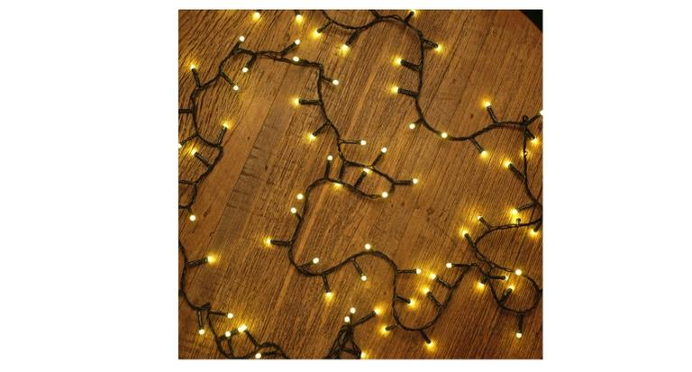 Enfeites, luminárias, guirlandas e muito mais: 12 itens para deixar a sua casa no clima natalino