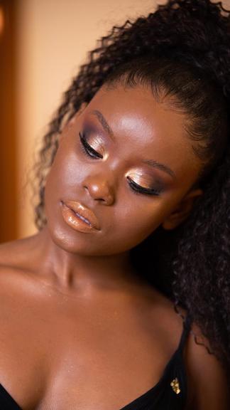 Confira 6 erros comuns que cometemos na hora de se maquiar!