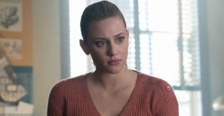 A atriz comentou sobre o salto de 7 anos que os personagens sofrerão na nova temporada e como estará a vida de Betty Cooper