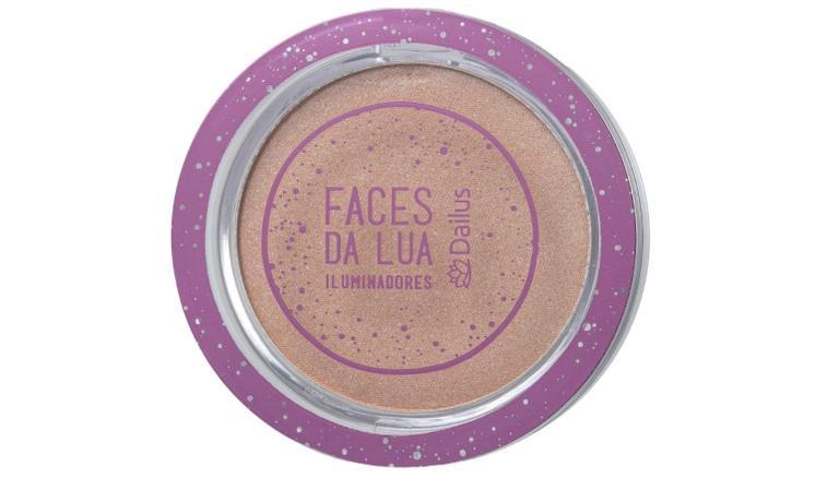 Versátil e incrível: 6 paletas de iluminadores para maquiagens profissionais