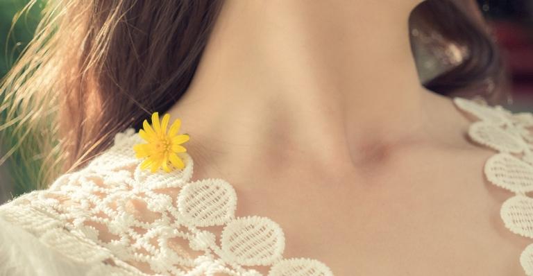 Essas áreas também precisam de cuidados e você precisa entender quais são as melhores formas para manter a qualidade da pele