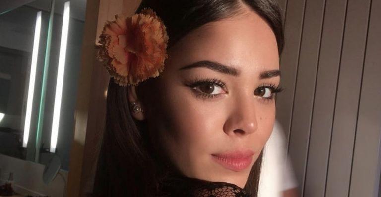 """A atriz e cantora mexicana também interpretará a canção """"Hasta vencer"""""""