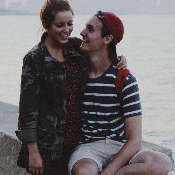 Cinco sinais que demonstram que o crush está a fim de você