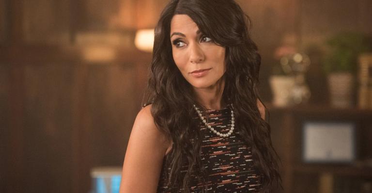 vida-de-atriz-de-riverdale-que-trabalhou-como-agente-do-fbi-vai-virar-serie