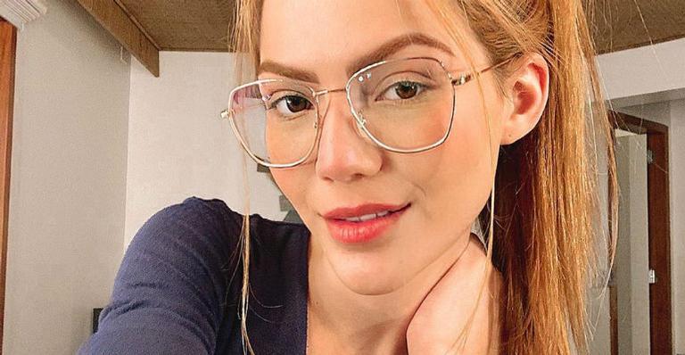 sarah-poncio-se-joga-na-carreira-de-apresentadora-e-estreia-seu-primeiro-programa