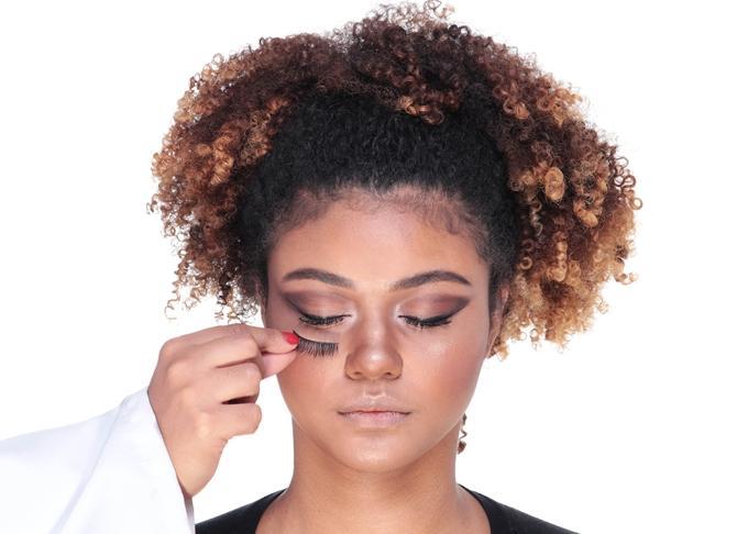 aprenda-a-fazer-a-maquiagem-usada-por-beyonce-no-grammy!
