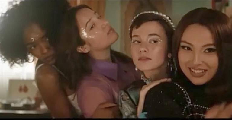 """nova-versao-do-classico-de-1996,-""""jovens-bruxas-–-nova-irmandade"""",-ganha-trailer-oficial-e-data-de-estreia"""