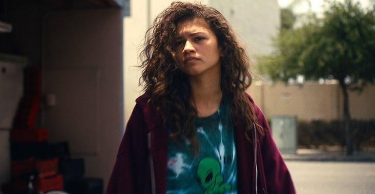 """o-mundo-e-dela!-ela-merece!-zendaya-vence-emmy-de-melhor-atriz-em-serie-de-drama-por-""""euphoria"""""""