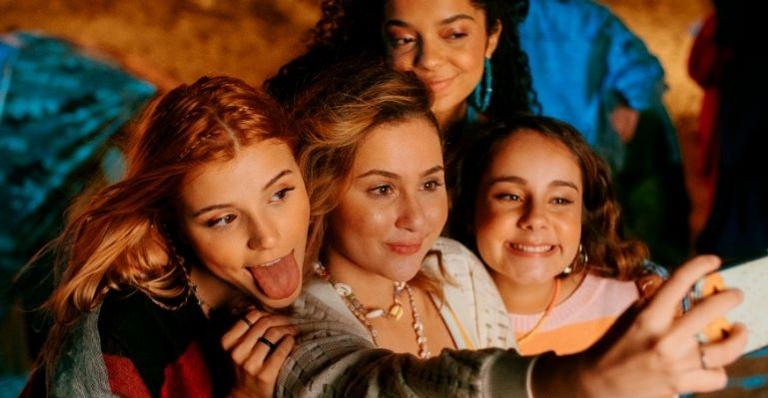 """sienna-grava-clipe-de-""""lembra-voce"""",-parceria-com-o-grupo-bff-girls!"""