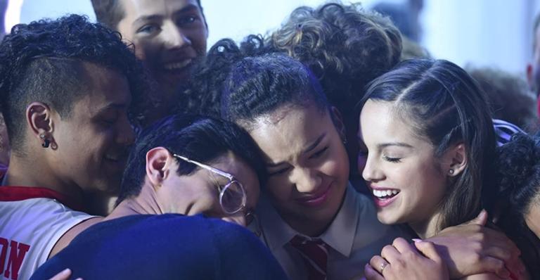 """high-school-musical:-the-series""-vai-ganhar-episodio-especial-de-natal,-no-disney+!"