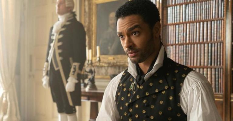 """protagonista-de-""""bridgerton""""-e-apontado-como-favorito-para-estrelar-novo-007;-saiba-mais"""
