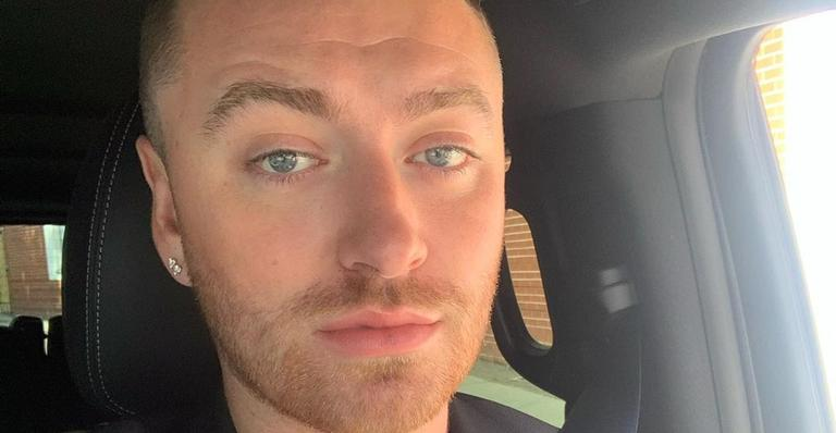 "sam-smith-anuncia-show-online-unico-para-lancamento-de-seu-novo-album-""love-goes"""