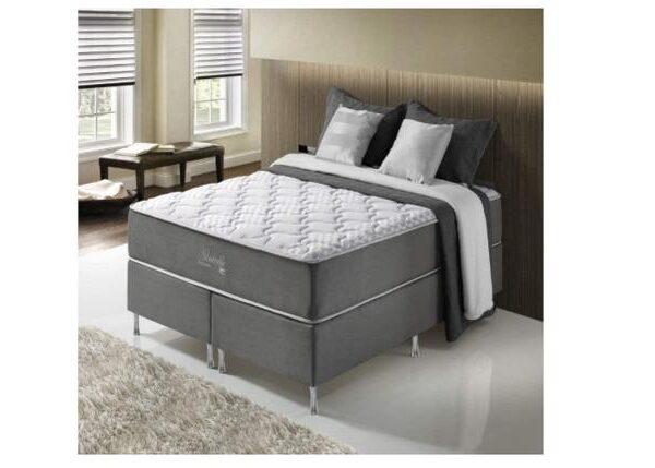 cadeiras,-guarda-roupa-e-rack-moderno:-8-itens-perfeitos-para-renovar-o-ambiente-da-sua-casa