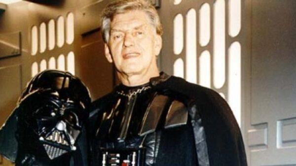 """morre-david-prowse,-interprete-do-darth-vader-em-""""star-wars"""",-aos-85-anos"""