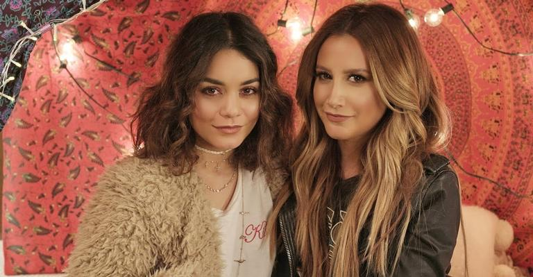 ashley-tisdale-compartilha-videos-antigos-ao-lado-de-vanessa-hudgens;-confira!