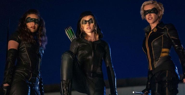 "cw-cancela-serie-spin-off-de-""arrow"",-""green-arrow-and-the-canaries"";-saiba-mais!"
