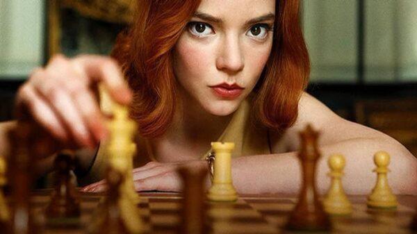 """anya-taylor-joy,-de-""""o-gambito-da-rainha"""",-revela-que-adoraria-ver-sua-personagem-em-papel-materno;-confira!"""