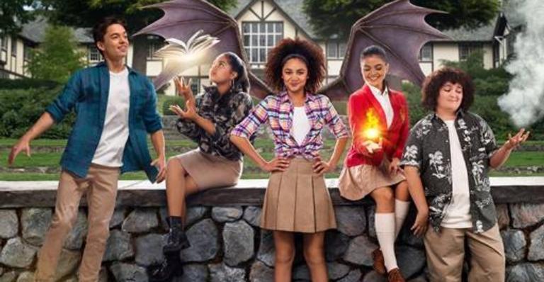 """a-magia-chega-ao-disney-channel-com-a-estreia-de-""""upside-down-magic:-escola-de-magia"""""""