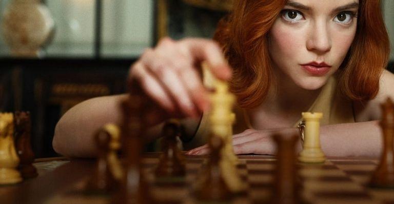 """""""o-gambito-da-rainha""""-leva-duas-categorias-importantes-no-globo-de-ouro"""