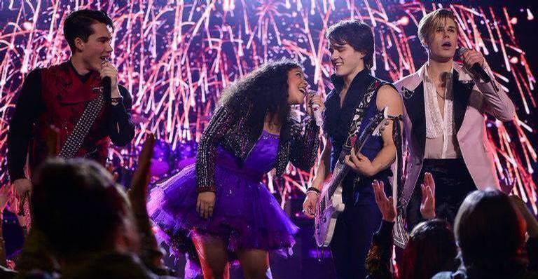 """banda-de-""""julie-and-the-phantoms""""-afirma-que-brasil-sera-o-primeiro-lugar-de-shows-da-turne"""