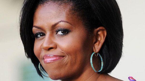 sucesso!-taylor-swift-e-beyonce-sao-elogiadas-por-michelle-obama;-confira!