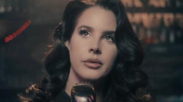 """lana-del-rey-anuncia-seu-proximo-album,-""""rock-candy-sweet"""";-saiba-mais!"""