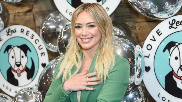 hilary-duff-confirma-que-deu-a-luz-a-terceira-filha,-mae-james-bair!