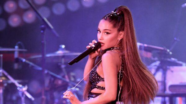 """Ariana Grande Ganha O Título De Jurada Mais Bem Paga Do """"The Voice"""""""