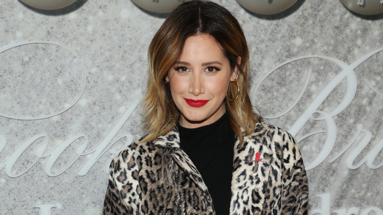 ashley tisdale desabafa sorbe parto da filha