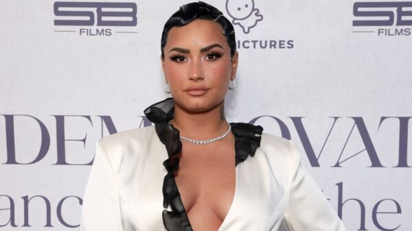 demi lovato se assume pansexual