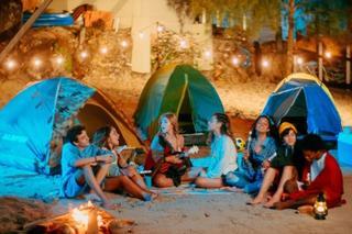 Bastidores do clipe de Sienna e BFF Girls