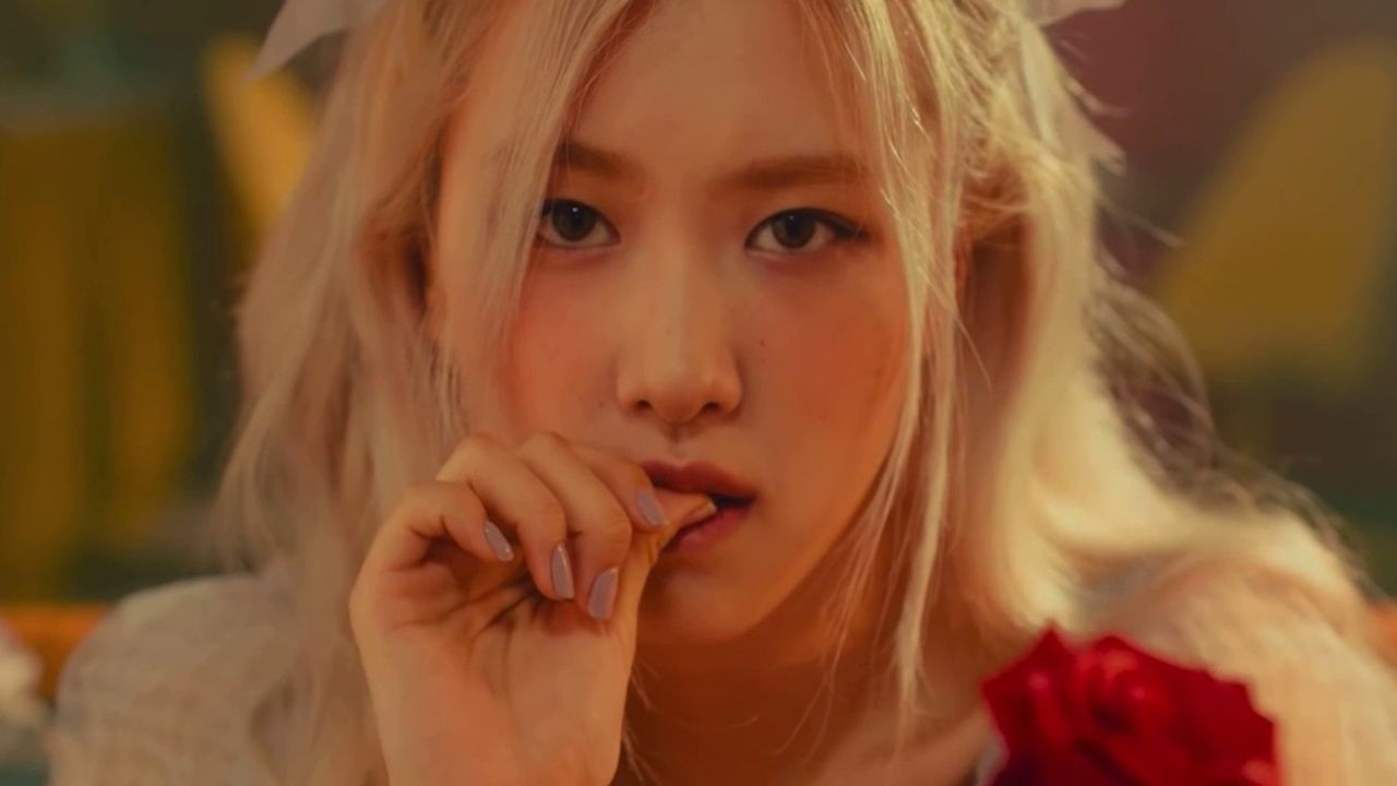 "Rosé, do BLACKPINK, lança videoclipe de ""Gone"""