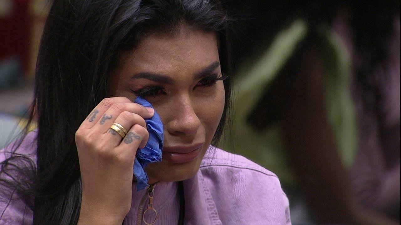 """BBB21: Pocah desabafa e chora """"estou machucada"""""""