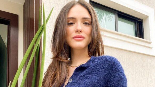 Isabelle Drummond fala sobre primeiro beijo na TV