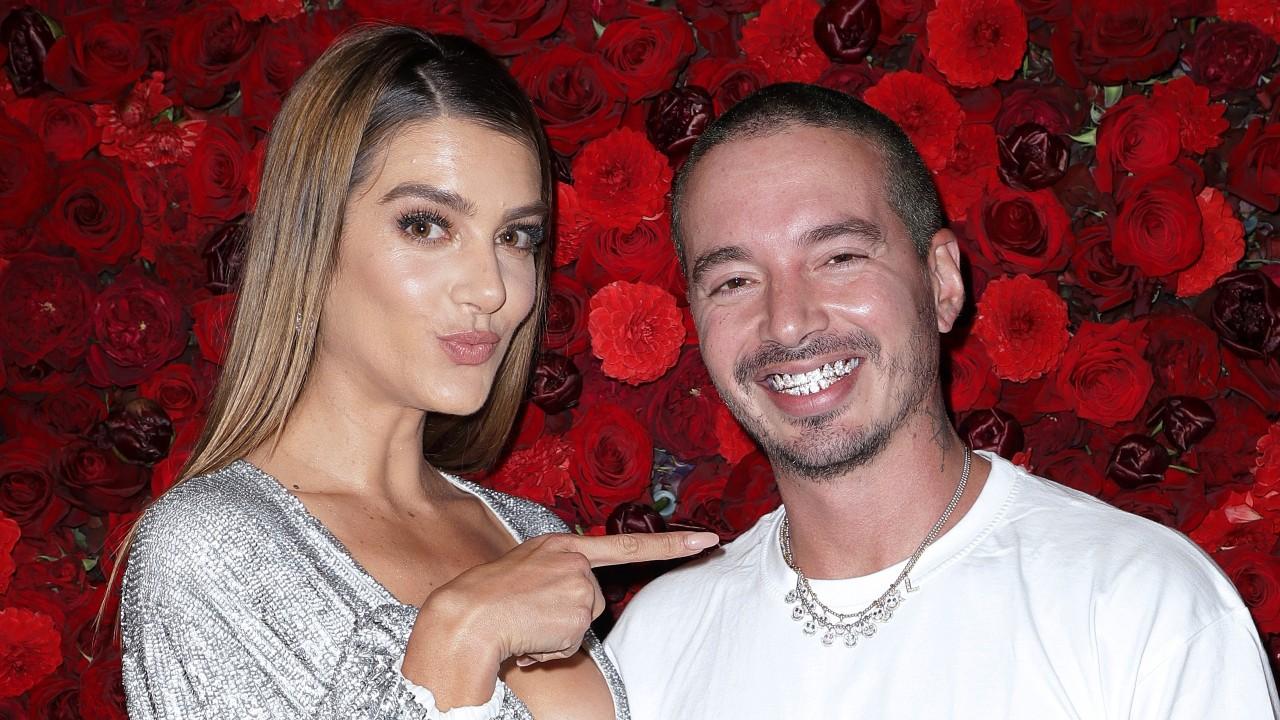 J Balvin e Valentina Ferrer, parceira com quem está esperando primeiro filho.