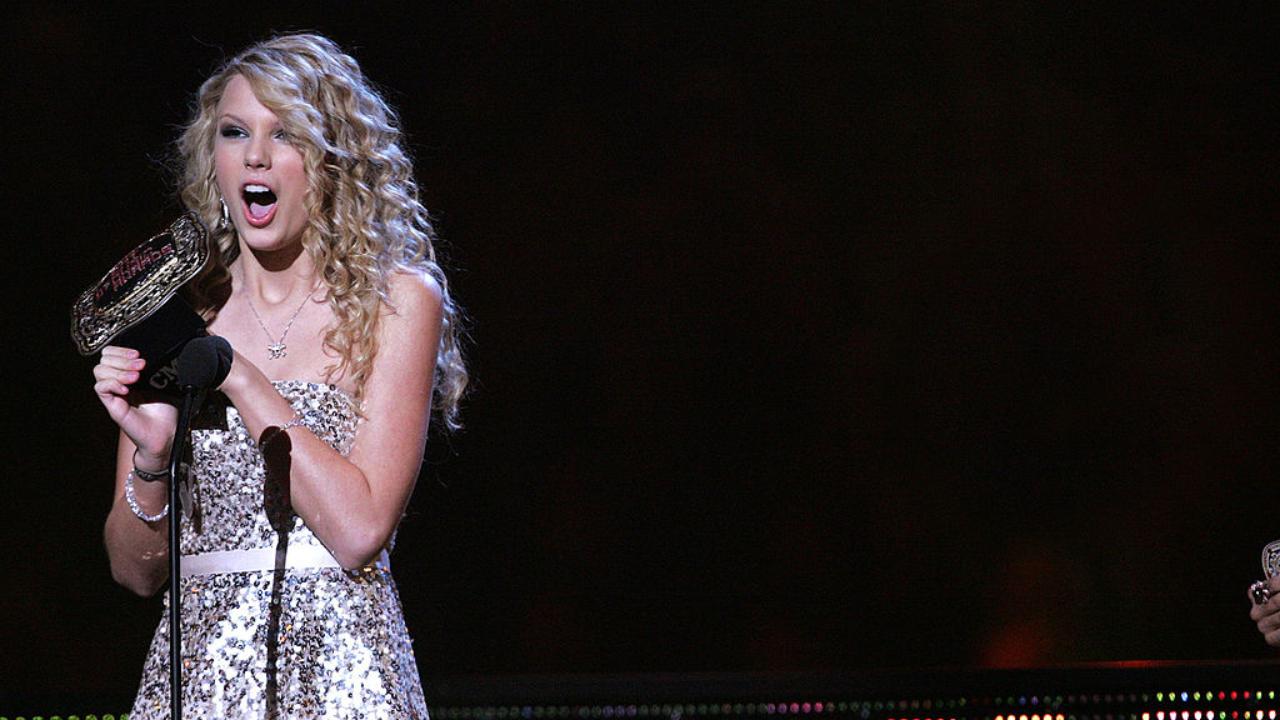 """Taylor Swift na época do lançamento original de """"Fearless"""""""