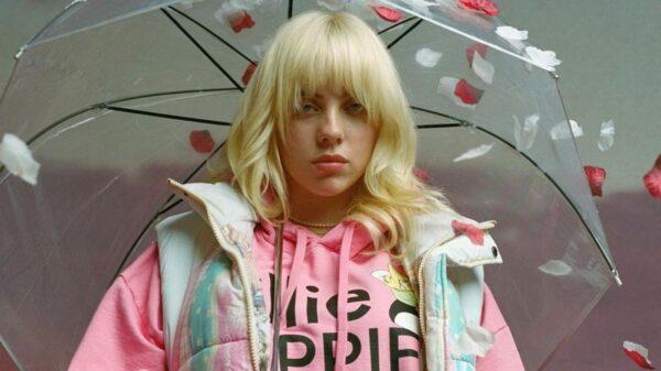 Billie Eilish promete lançamento de single novo para a próxima semana