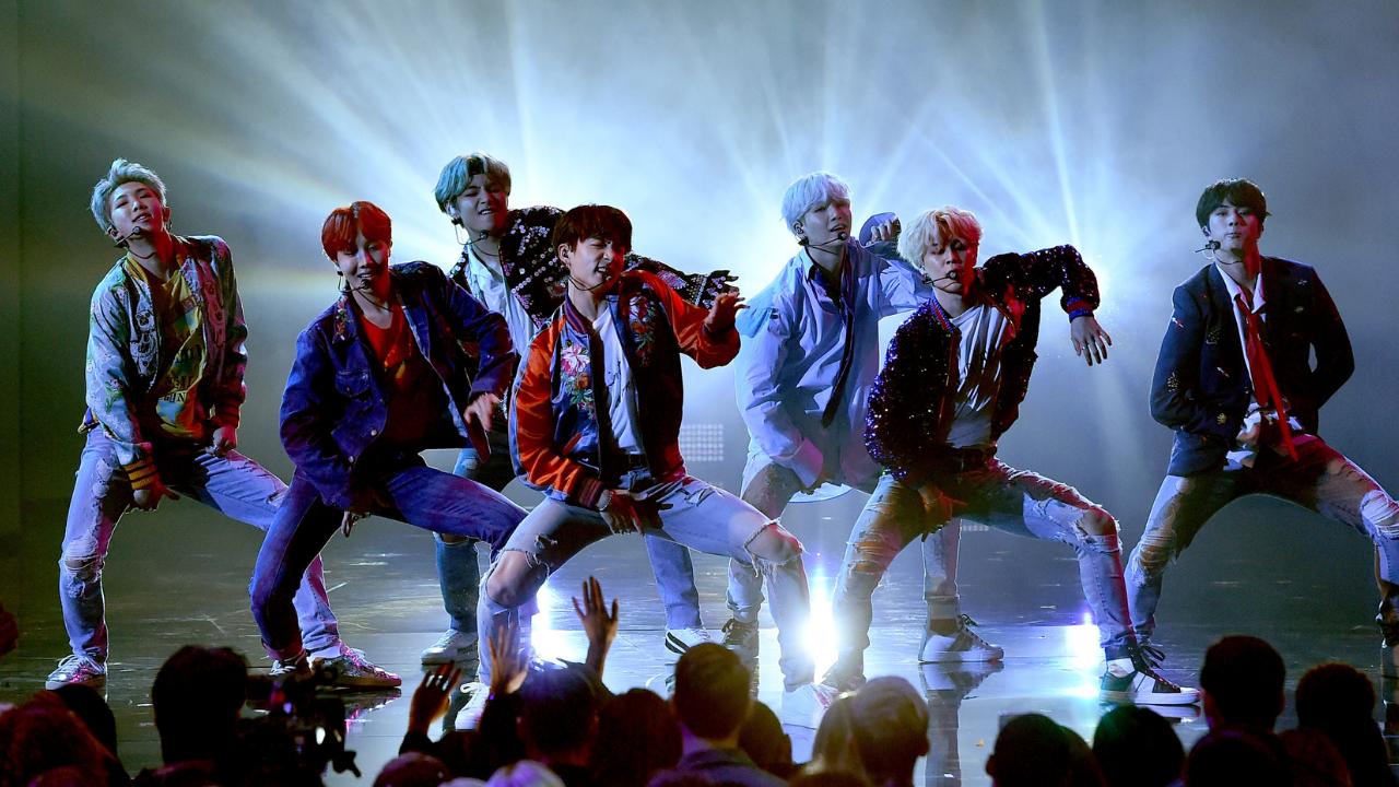 """BTS divulga primeira foto do conceito de """"Butter"""", novo single do grupo"""