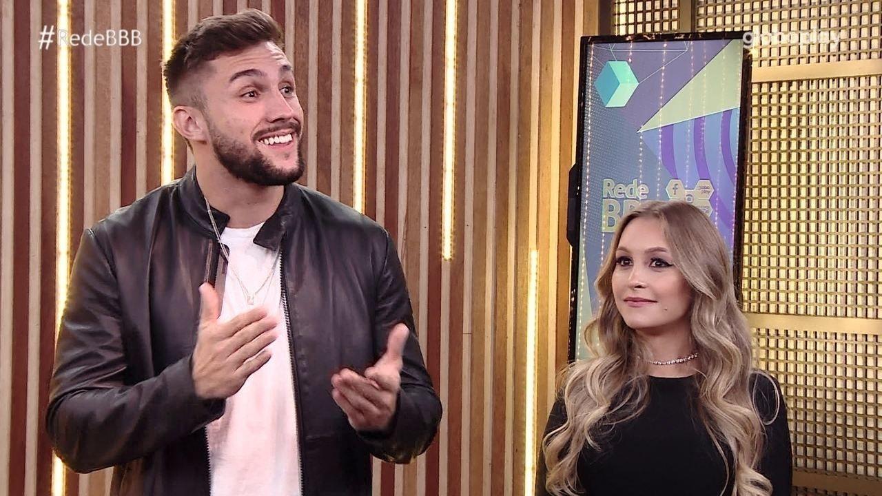 Climão: Arthur confessa continuar apaixonado por Carla Diaz