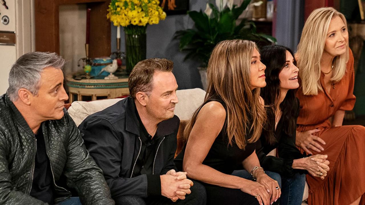 """Elenco de """"Friends"""" fala sobre romance dentro do set"""
