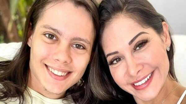 Filho de Mayra Cardi afirma que não gostaria de ver a mãe se relacionando novamente com Arthur Aguiar