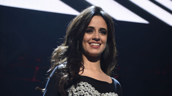 "Filme ""Cinderela"", com Camila Cabello, estreará na Amazon Prime Video"