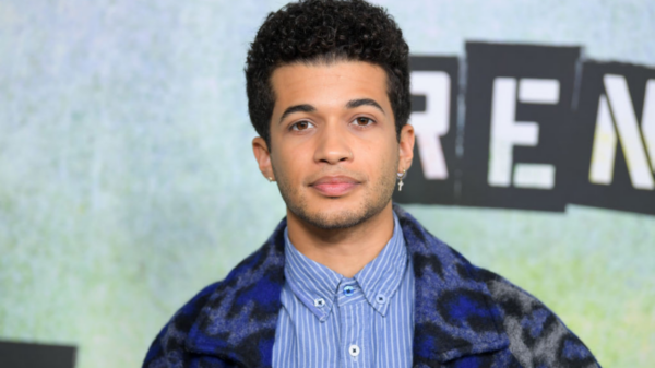 "Jordan Fisher aparece como Impulso em ""The Flash"""