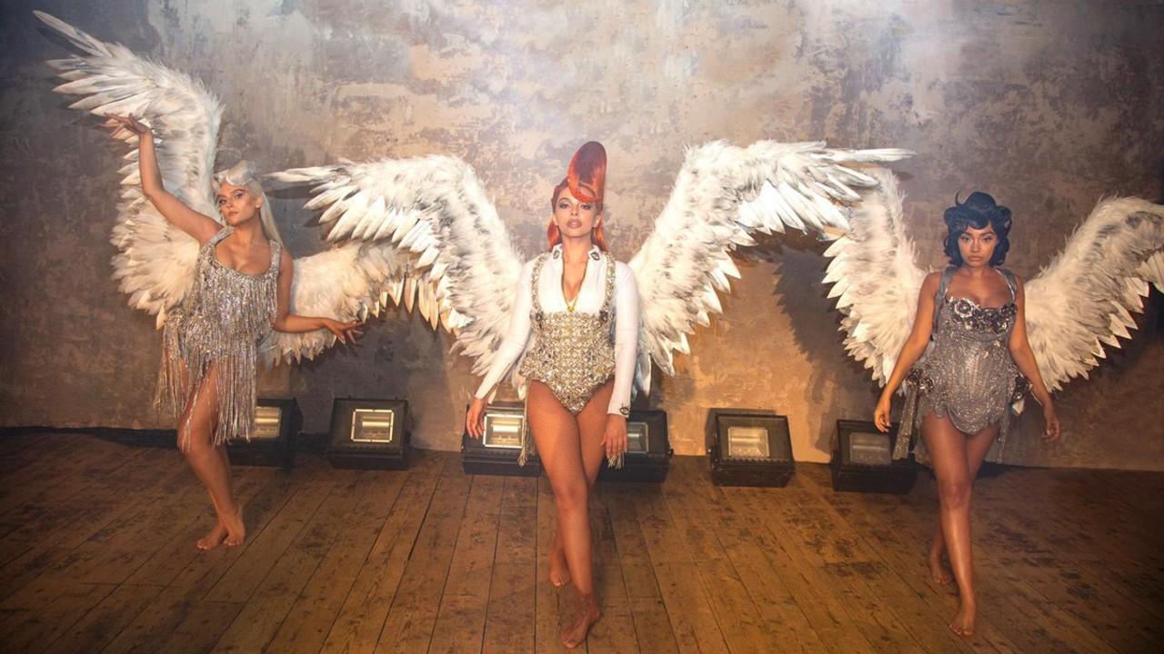 "Little Mix lança o clipe de ""Heartbreak Anthem"", com Galantis e David Guetta"