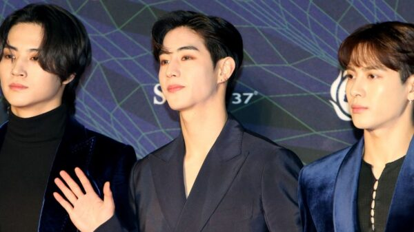 Mark Tuan, do GOT7, assina contrato com CAA